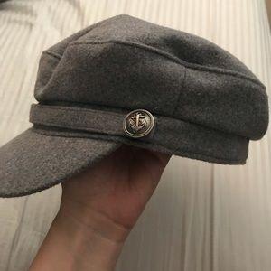 Wool utility cap hat in grey